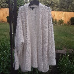 Lane bryant fuzzy white cardigan 22 / 24